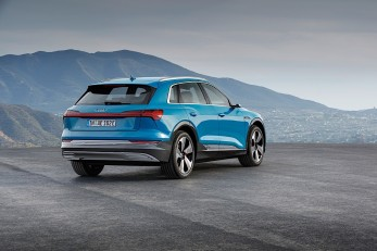 audi-e-tron-suv-comes-with-new-quattro-for-79900euros_13
